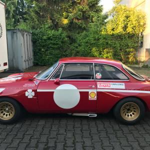 Alfa GTA 1600 Restauration mit großer Renngeschichte